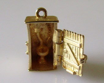 9ct Gold Outhouse WC Toilet Charm Opens