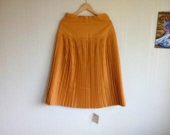Quadrille Pleated wool skirt, mustard skirt, yellow wool skirt, skirt midi UK 10, EU 38, retro skirt, High waisted skirt, 50s skirt