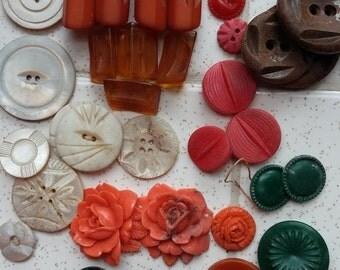 Button Batch Art Deco Celluloid Bakelite Shell Very Vintage