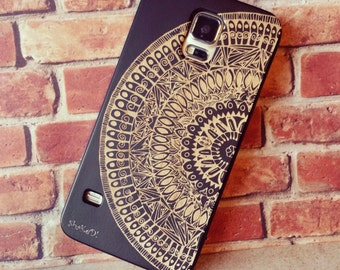 Laser Engraved Hand Drawn Mandala AztecDoodle Pattern on Genuine Wood Cell phone Case for Galaxy S5, S6 and S6Edge  S-011