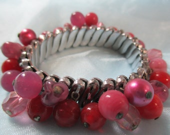 Stretchy Pink and Cranberry Bead Bracelet