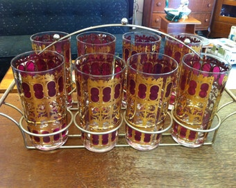 Mid Century Modern 8 Culver Red and Gold Scroll Tumblers in Deco Carrier