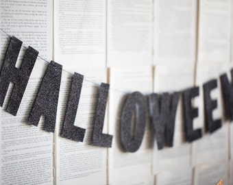 Happy Halloween Banner, Halloween Decorations, Halloween Party, Halloween Decor, Black Glitter Letters, Halloween Banner