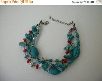 ON SALE Vintage Chunky Southwestern Inspired Beaded Bracelet 364