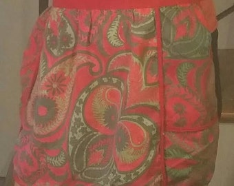Vintage Apron - Red Apron - Christmas Apron - Vintage Christmas Apron - Apron - Vintage Red Apron - Half Apron - Hostess Christmas Gift