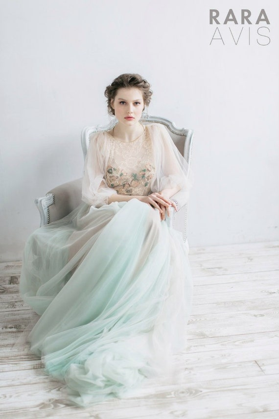 Wedding dress Filippa, fairy wedding dress, vintage style wedding dresses, wedding gowns, bride dresses, beach wedding