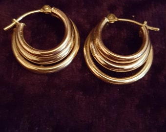14k Yellow Gold Triple hoop Earrings