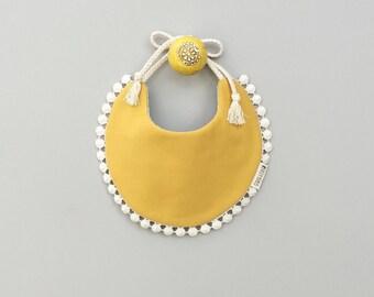 Sadie Reversible Bib - floral bib, pretty bib, baby girl clothes, first birthday, drool bib, boho bib, boho baby shower