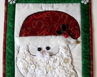 Santa Quilted Wall Hanging, Christmas Santa Face Button Wall Hanging,Holiday Santa Door Hanging,Quality Handmade Christmas Housewarming Gift