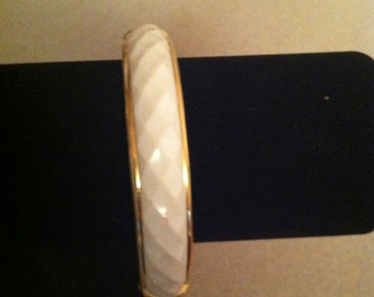 Vintage White and Gold Hinged Clasp Bracelet
