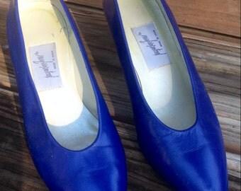 1960's Blue Pumps // jacqueline ferrar // Size 7 M