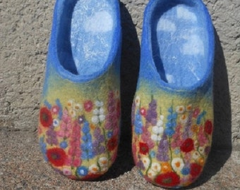 Women felted wool slippers, flat shoes, slippers, natural wool valenki, shoes