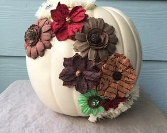 White Shabby Chic Fall Pumpkin