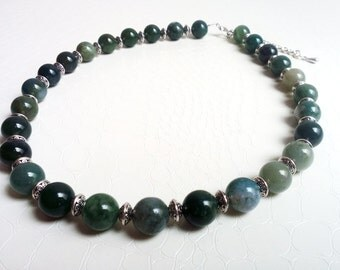 Necklace 'Ingrid' - Green aventurine gemstones and silver beads - Statement necklace, gift for her, green beads - Handmade jewelry