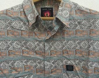 Vintage 90s Hang Ten Aztec Design Button Downs Shirt Size L Surf Style Surfing OP