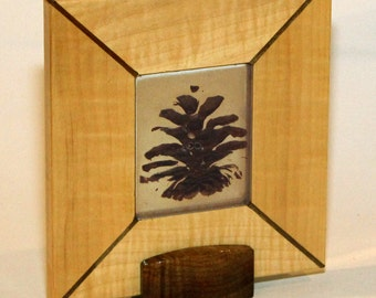 Gorgeous Pine Cone and Wood Art