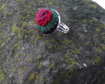 Embroidered ring, ring with rose RED III
