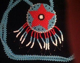 Vintage Native American beaded necklace.