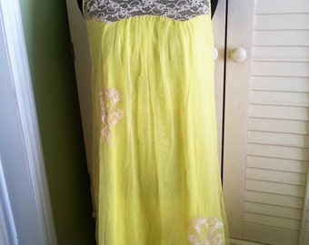 Vintage night gown, vintage sleep-ware, 1960's night gown, 1960's night ware, canary yellow night gown