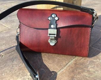 The Wave: Leather Purse shoulder bag clutch