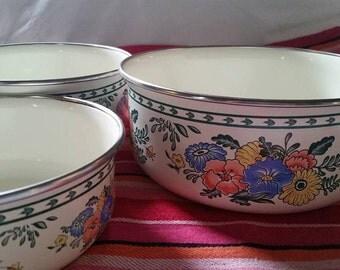 Enamel Ware Nesting Bowls set of 3
