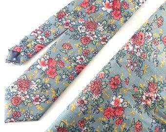 Light Blue Floral Necktie and Pocket Square Set, Wedding Necktie, Man Necktie, Mens Necktie