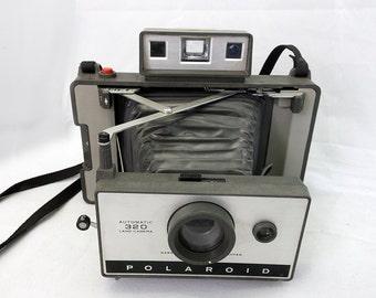 Vintage Polaroid 320 Land Camera 1960's