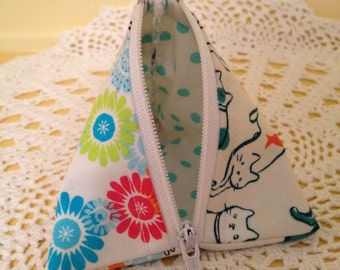 Kitty Mini Scrappy Zippered Everything Bag