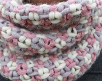 Cowl in soft pastel colors made of needle felted wool blend (Merino & Alpaca).