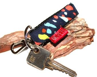 Winter keychain Custom Made - by QC Pets