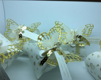 Favour boxes with butterflies, any colour