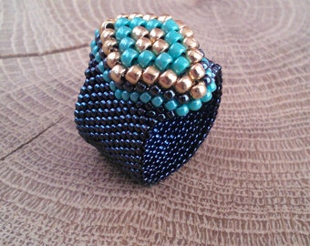 Bead Ring - Beadwoven Ring - Boho Jewelry - Seed Bead - Beadwork - Beaded Ring