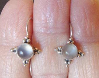 Sterling Silver Clear Chalcedony Glass Stones Dangle Earrings.
