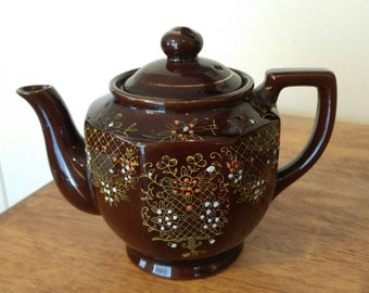 Vintage Brown Hand Painted Teapot, made in Japan