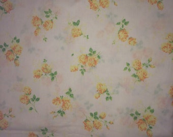Shabby Chic Bright Sunny Summer Yellow roses - VINTAGE Full size flat sheet NO LABEL