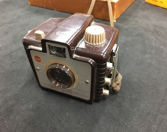 Kodak brownie camera with holiday flash kit