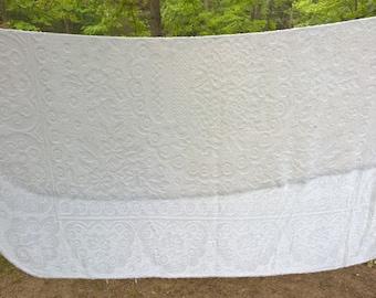 Light Chenille Bedspread