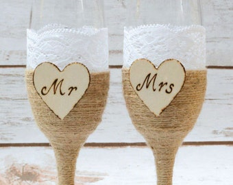 Wedding Champagne Flutes Glasses Rustic Toasting Bride Groom Shabby Chic Mr Mrs Glasses Lace glasses