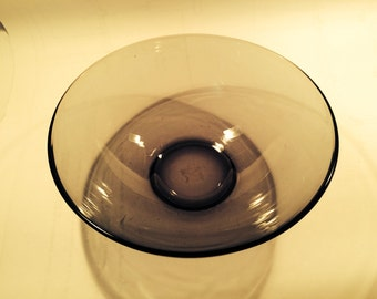 Smoke grey serving bowl