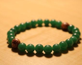 Green with heart beads 8mm elastic beaded bracelet