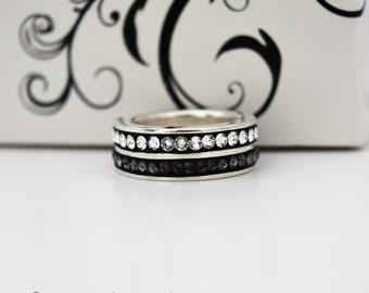 "Silver ring with Swarovski crystals ""Graphite & White"""