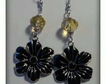 Silver metal flowered earrings with accent of glass beads