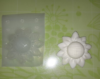 Sunflower Plastic Mold, Resin Mold, Soap Mold, polymer clay mold, candle mold, flower mold, cabochon mold, decoden mold, wax melt mold, mold