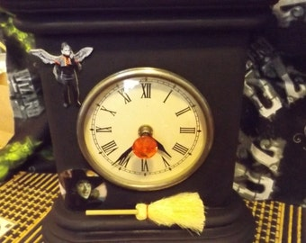wicked witch of the west mantle clock!w.o.z.