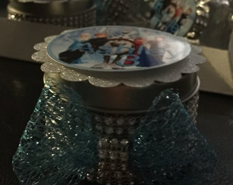 Frozen customized party favors