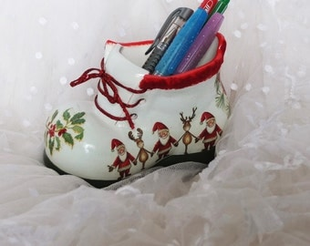Multi-purpose Christmas gift, Ceramic pencil shoes , Personalized gifts, Merry Christmas boot