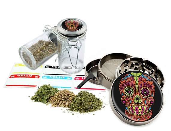 "Sugar Skull - 2.5"" Zinc Alloy Grinder & 75ml Locking Top Glass Jar Combo Gift Set Item # G021615-045"