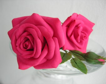 Pink rose hair pins (1 item)
