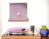 American Walnut enregistrement affichage / maintenant toupie / vinyle étagère / mur suspendu / fait main / « La tablillita »