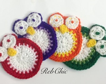 Crocheted owls coasters